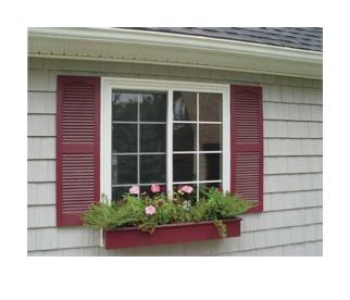 Skodder til vinduer – Liggende kledning rundt vindu